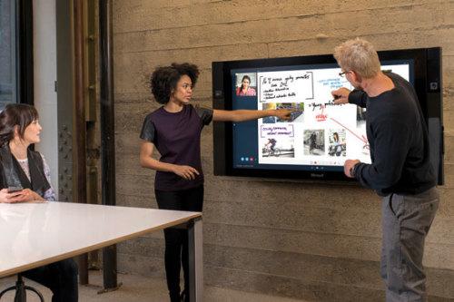Surface Hub. Ecran tactile géant 4K Microsoft