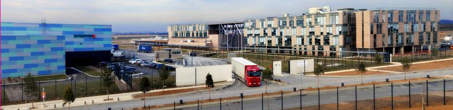 Site Dreda à Gonesse en France, avec son centre administratif, son entrepôt de 41 000 m2 et son université