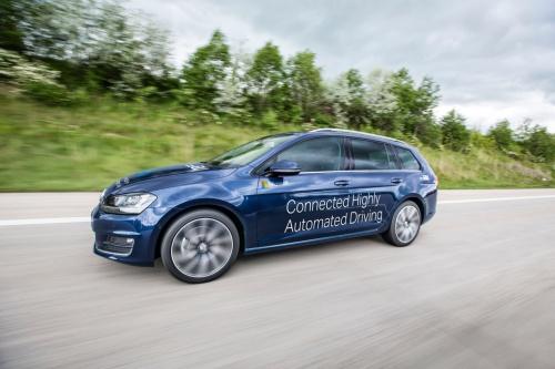 La démo des synergies entre voiture et Cloud