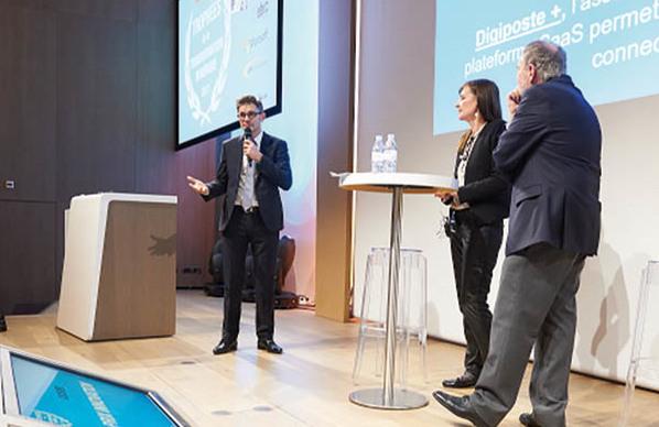 La Poste a reçu le Grand Prix 2017 des Trophées de la Transformation Numérique. Jérôme TOUCHEBOEUF, Président de Mediapost Communications
