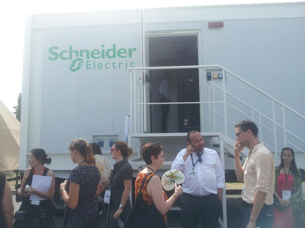 datacenter Schneider