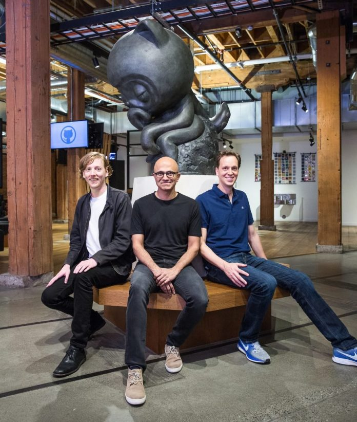 Chris Wanstrath Satya Nadella et Nat Friedman