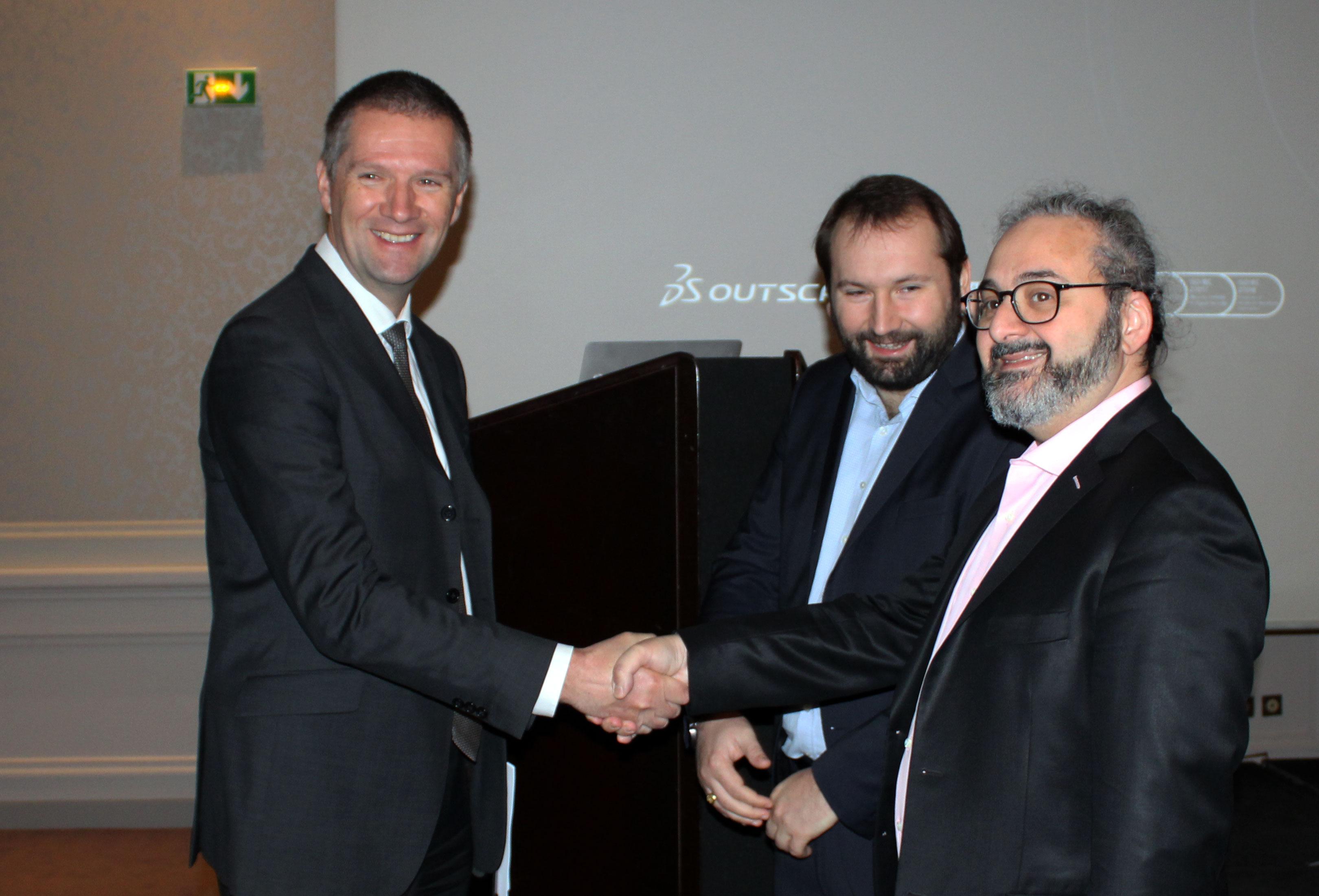 Guillaume Poupard, DG de l'ANSSI avec Edouard Camoin, RSSI 3DS Outscale et Laurent Seror, CEO 3DS Outscale
