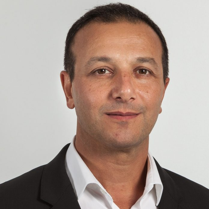 P.Azouyan